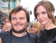 Анджелина Джоли в подкрепа на бежанците