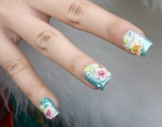 Дълги нокти – демоде