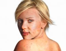 Шокиращи снимки на звездите заляха Интернет