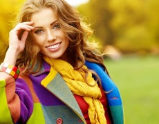 Как да си направим огърлица от шал? (видео)