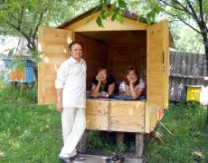 Вижте удивителната сила на пчелите или иначе казано – да спиш върху кошери