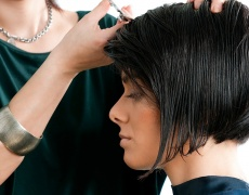 Как да се подстрижем сами в стил френско каре