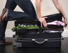 За из път: Как да поберете много дрехи в малък куфар