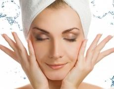 Почистете лицето с натурални средства