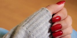 Как да запазим лака върху ноктите за по-дълго време
