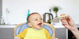 Нова теория за това как бебетата научават първите си думи