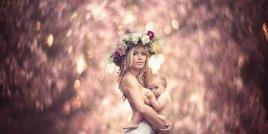 Фотосесия на кърмещи майки ще ви остави без дъх