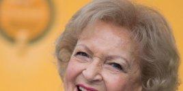 Бети Уайт казва, че тайната на дългия живот е във водката и хот-дога