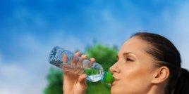 Наистина ли алкалната вода е по-полезна?