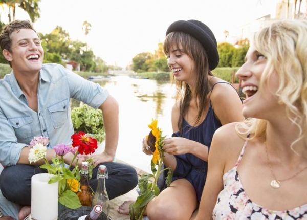10 забавни занимания с приятелки, които няма да ви струват цяло състояние