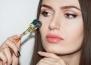 Какво представлява процедурата дермаролинг и защо е полезна за кожата?