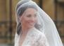 Реплика на сватбената рокля на Кейт Мидълтън се продава в H&M