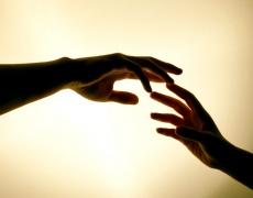 Как да се погрижим за кожата на ръцете през зимата