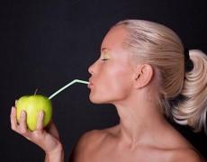 Каква жена си според питието, което обичаш: Нещо безалкохолно