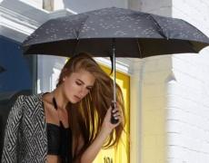 3 прически, идеални за дъждовно време! (видео)