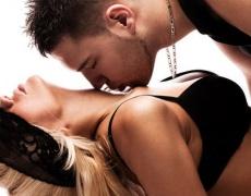 Защо мъжете правят френска любов на жените си?
