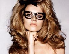 Как да се гримирате, ако носите очила?