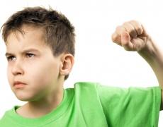 Защо НЕ трябва да удряме детето си?