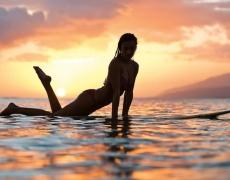 Целулит се премахва с каране на сърф
