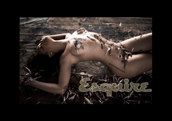 Секси, по-секси, най-сексапилната жена на 2011 – Риана!