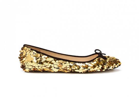 Блестящите обувки на съвременната Пепеляшка