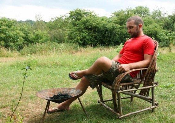 Човекът, който цели 5 години Живее без пари
