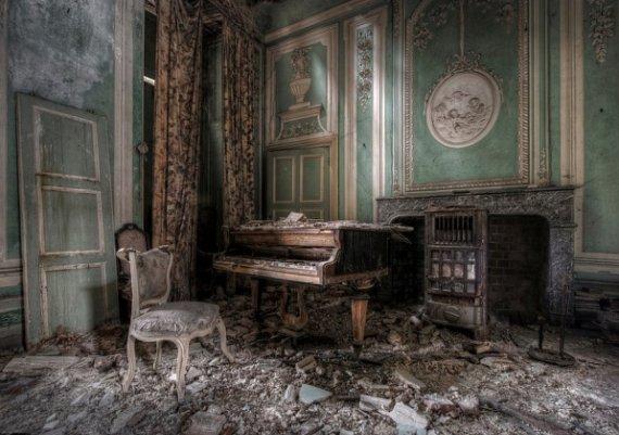 Най-уникалните изоставени дворци в света