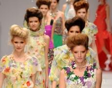 Цветни рокли