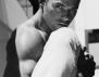 Келън Лутц показа мускули за GQ