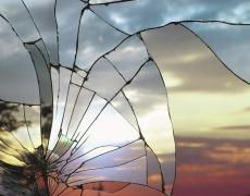 Какво да правим, ако счупим огледало?