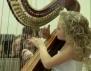 Прекрасно! 10-годишен ангел свири божествено на арфа (видео)