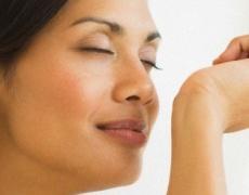Как да си направиш сух парфюм