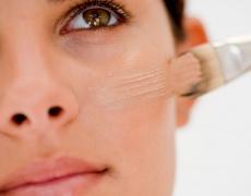 Перфектен тен на лицето в 8 лесни стъпки