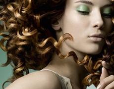 Актуален ефект в цвета на косите