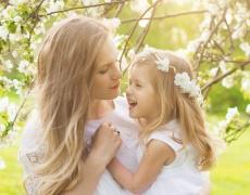Дъщерята – проекция и опонент