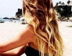 Разкошна коса на вълни с домашен спрей