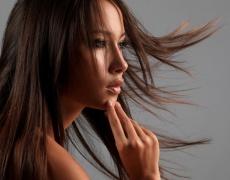 Най-честите грешки, които съсипват косата