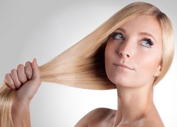 8 тайни на жените с копринено гладка коса