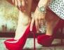 Как да носим червени обувки