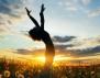 6 неща, които щастливите хора правят през първите 5 минути от деня си