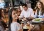 5 начина да запазите общите приятели с бившия