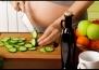 Веган теми за недохранени и анемични бебета взривиха социалните мрежи