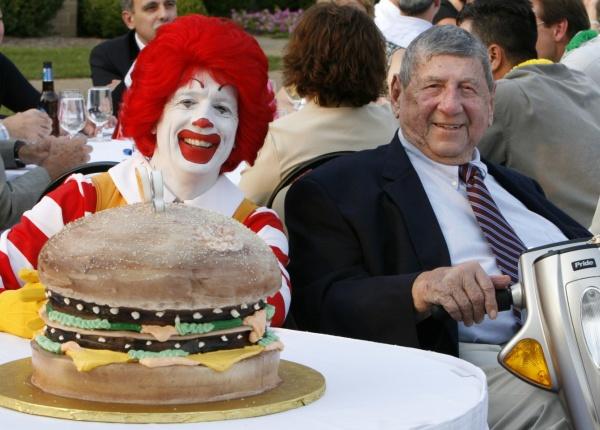 Геният, създал Биг Мак, почина на 98