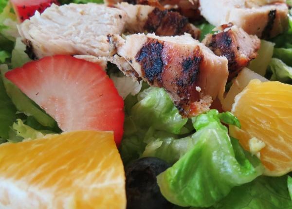 Пет основни елемента за по-полезна и по-вкусна салата