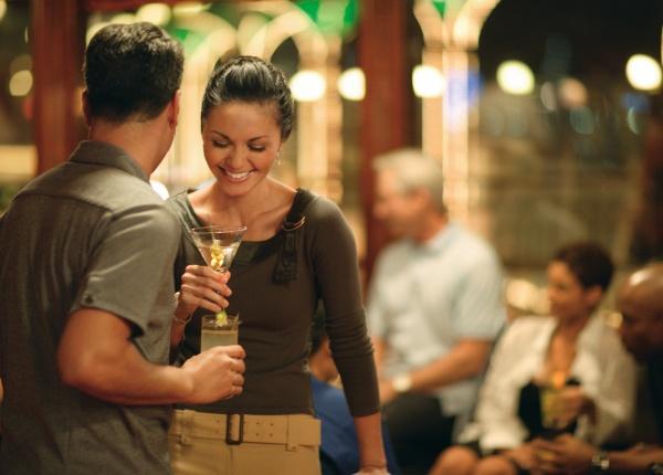 6 разлики в запознанствата при жените през ранните 20 и късните 20