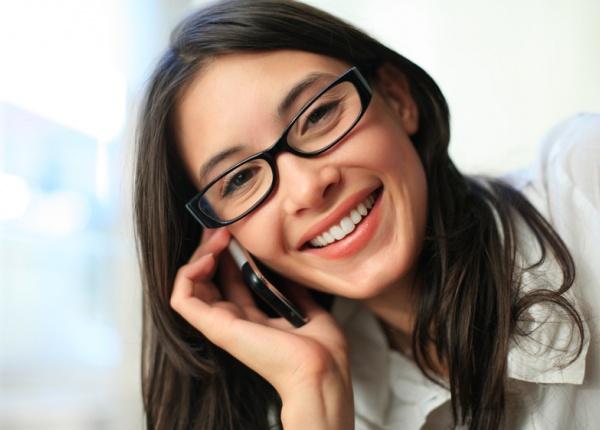 Телефоните могат да предизвикат петна по лицето