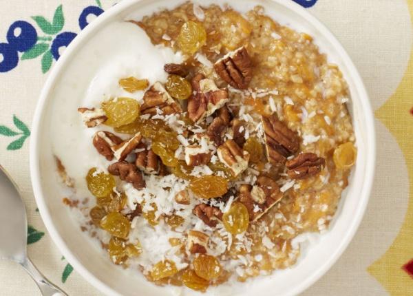 Здравословна и бърза закуска: Овесена каша с морков
