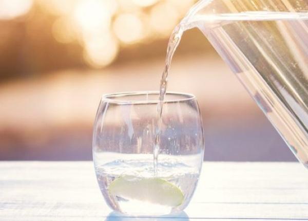 Няколко признака, че не пиете достатъчно вода