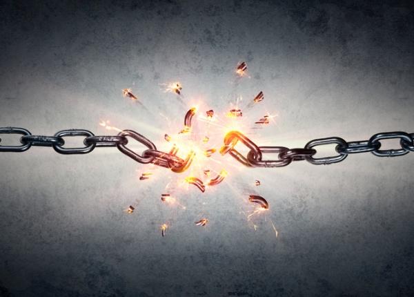 7 начина да се освободите от привързването си към някого, с когото не можете да бъдете