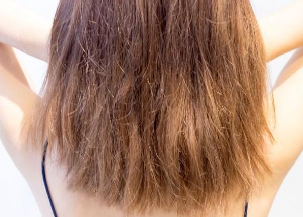 5 лесни начина да се справите със сухата и изтощена коса